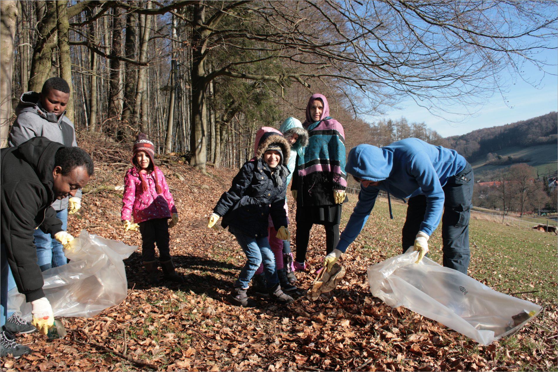 Aktion saubere Landschaft in Fischbachtal 2017 - Foto Stefanie Steinert