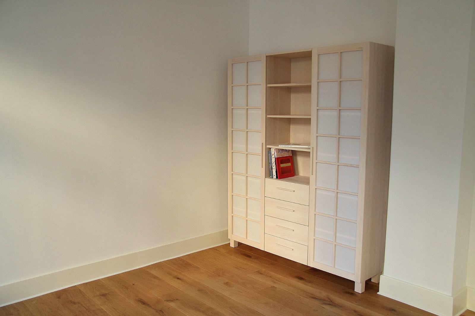 Matalia Möbel & Objekte - Schrank