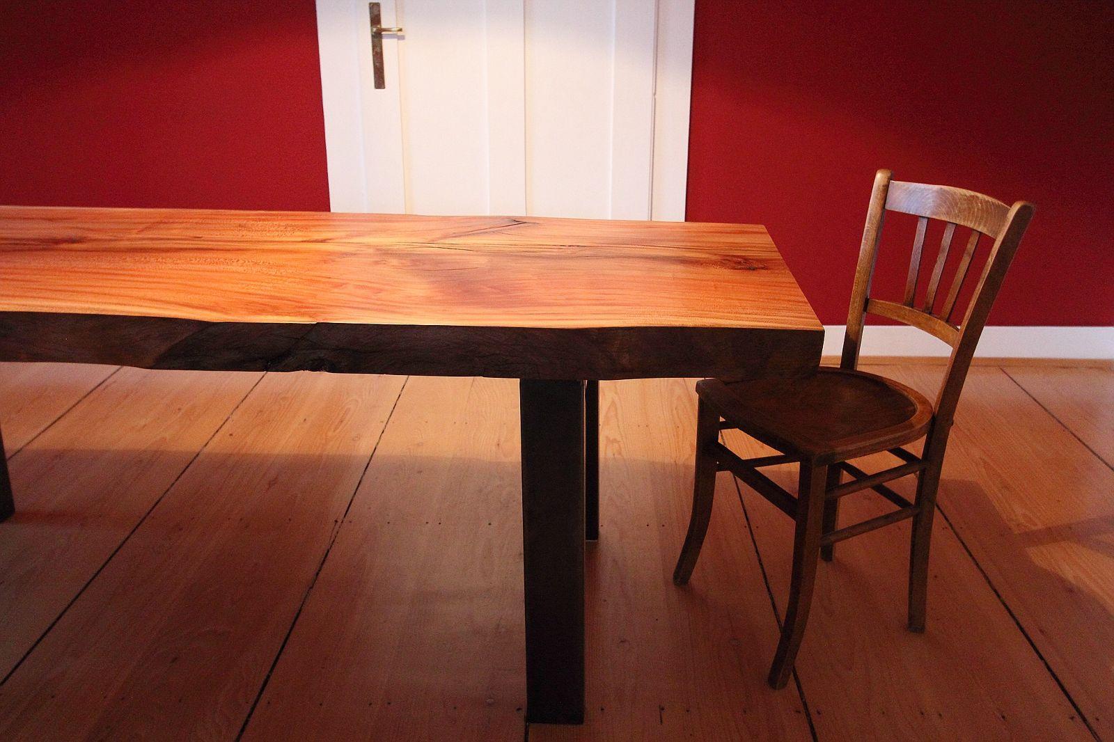 Matalia Möbel & Objekte - Tisch und Stuhl