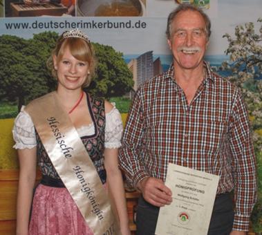Wolfgang Schäfer bei der Honigprämierung 2017