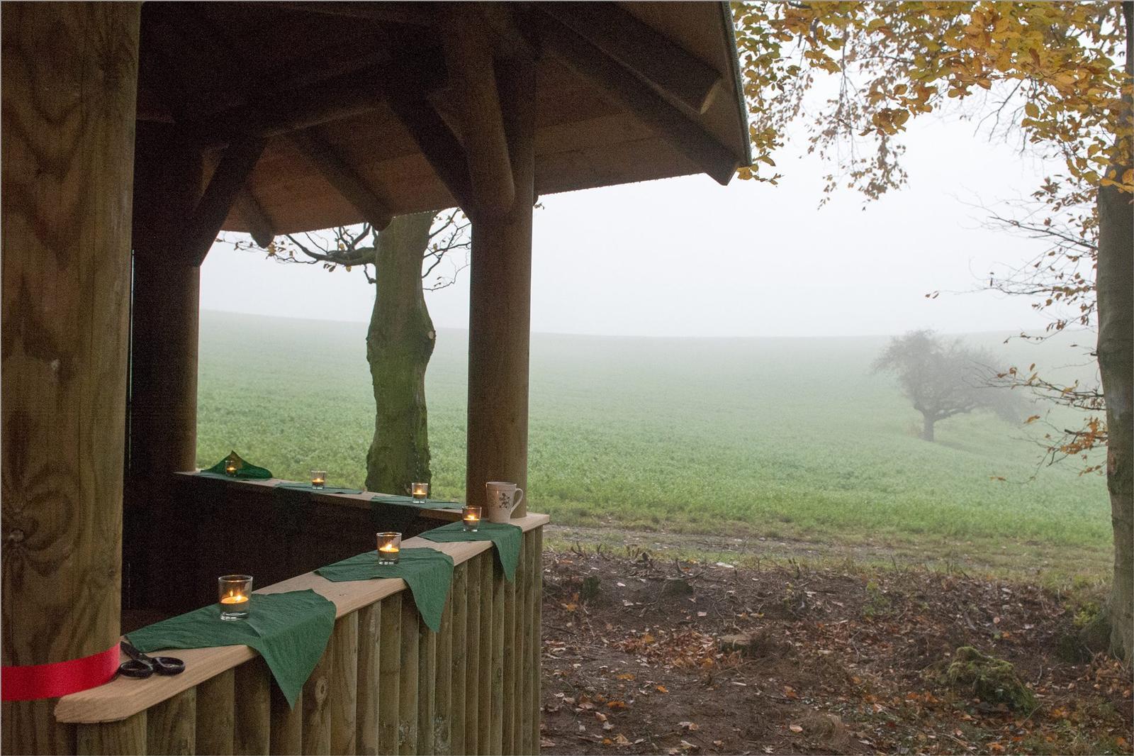 Einweihung der Schutzhütte am Bestattungswald 12 Aposten bei Nonrod
